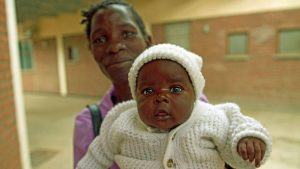 Mum and baby Malawi Clinic
